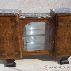 Antigüedades: APARADOR MUEBLE-BAR ART-DECÓ 1920. RAÍZ DE NOGAL. Lote 36196432