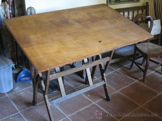 Antigua mesa de dibujo o delineante comprar mesas de for Mesa de mezclas segunda mano