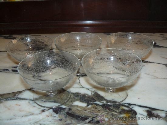 CRISTAL TALLADO - 5 COPAS DE POSTRE (Antigüedades - Cristal y Vidrio - Catalán)