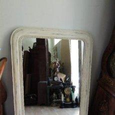 Antigüedades: ESPEJO DE MADERA CON UN CORDON ALREDEDOR EN DECAPE. Lote 39702253