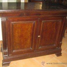 Antigüedades - Estupendo aparador años 40 con tablero de nogal, para restaurar. - 103265871