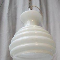 Antigüedades: LAMPARA DE TECHO EN METAL CON TULIPA DE CRISTAL. Lote 36356267