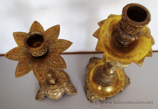 Antigüedades: candelabros en bronce dorados - Foto 2 - 36381272