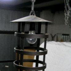 Antigüedades: LAMPARA ESTILO MEDIEVAL DE HIERRO FORJADO. Lote 36395842
