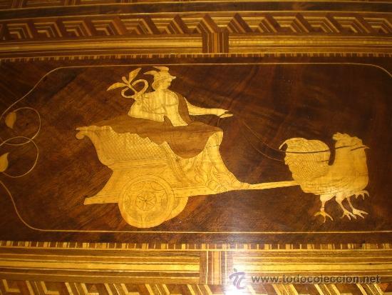 Antigüedades: Mesa Velador con pata central. S.XIX. Con marquetería.Caoba, Nogal, Limoncillo. Excelente estado. - Foto 6 - 36469399