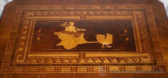 Antigüedades: Mesa Velador con pata central. S.XIX. Con marquetería.Caoba, Nogal, Limoncillo. Excelente estado. - Foto 8 - 36469399