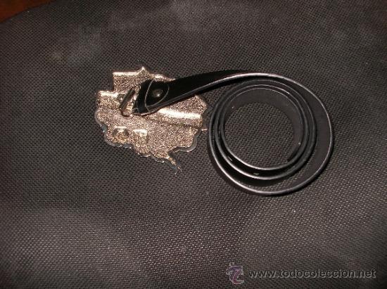 Antigüedades: Cinturon motero, muy curioso, de coleccion - Foto 2 - 36501943
