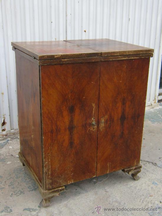 Mueble en madera de maquina de coser comprar muebles for Muebles auxiliares clasicos madera
