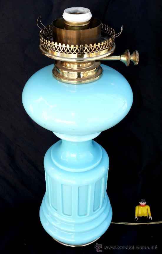 Antigüedades: GRAN LAMPARA QUINQUE EN OPALINA AZUL Y DORADO PP XX IDEAL VINTAGE O POP - Foto 2 - 36526937