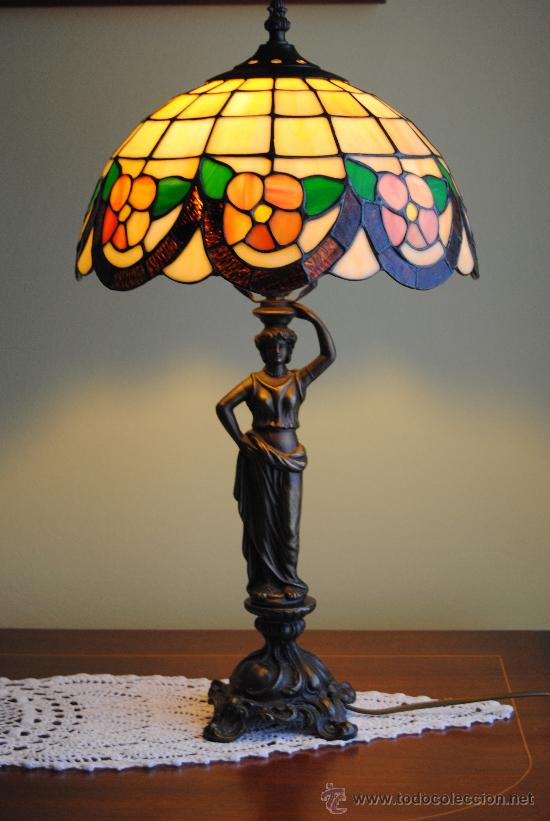 Antigua lampara de sobremesa estilo tiffany tam comprar for Lamparas de mesa tiffany