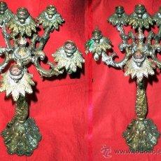 Antigüedades: PAR DE CANDELABROS ANTIGUOS DE BRONCE PARA 12 VELAS.CON INSTALACIÓN ELECTRICA TAMBIEN PARA BOMBILLAS. Lote 36535797