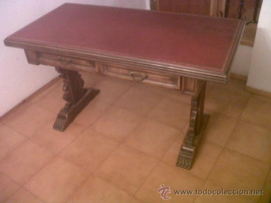 PRECIOSA MESA DE DESPACHO ANTIGUA DE VALENTI . VER FOTOS. MEDIDAS: 65 X 130 X 75 (Antigüedades - Muebles Antiguos - Mesas de Despacho Antiguos)
