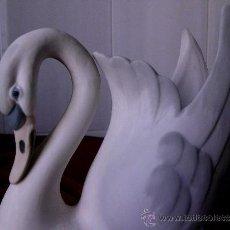 Jarrón cisne de porcelana Made In Spain