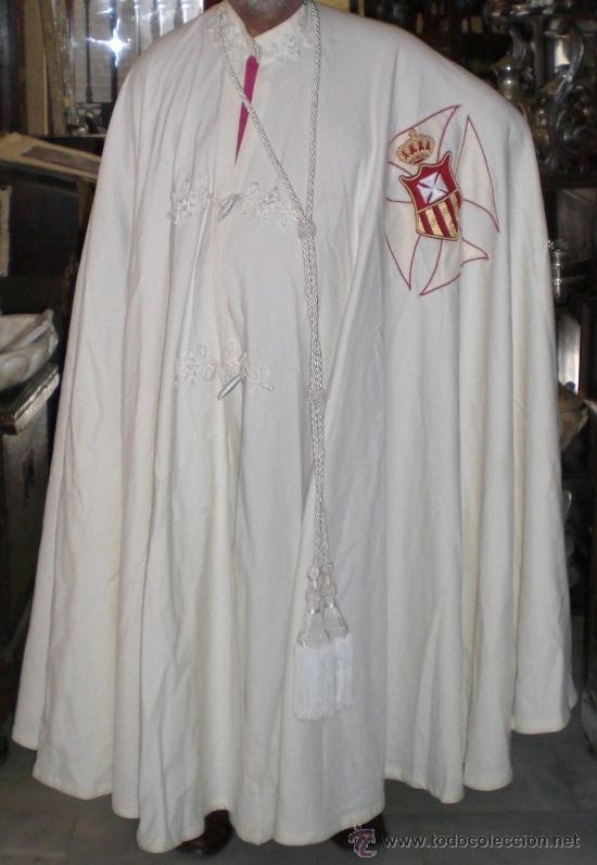MANTO CAPITULAR + ESCAPULARIO + BIRRETE - ORDEN DE LA MERCED - SASTRERÍA MEDRANO (Antigüedades - Moda y Complementos - Hombre)