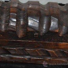 Antigüedades: PEQUEÑO BAÚL DE MADERA, MUY ANTIGUO, S.XIX.. Lote 36731859