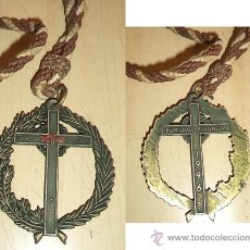 Antigüedades: TRASTRERIACOM - CORDON CON GRAN CRUZ DE PENITENTE NAZARENO 1.996 MEDIDAS: 8 CM. DE DIÁMETRO CON 5 MM. Lote 36735621