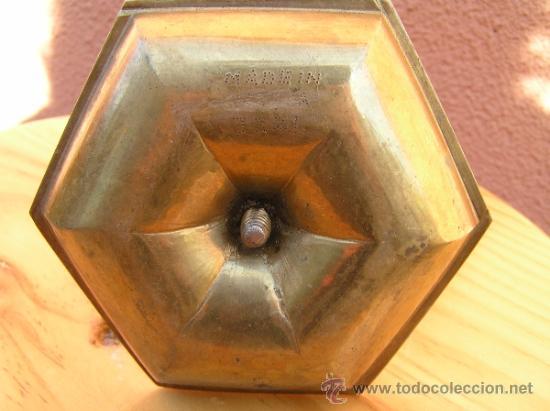 Antigüedades: INTERESANTE PALMATORIA O PEQUEÑO CANDELABRO CON REGULADOR DE VELA. - Foto 5 - 36733676