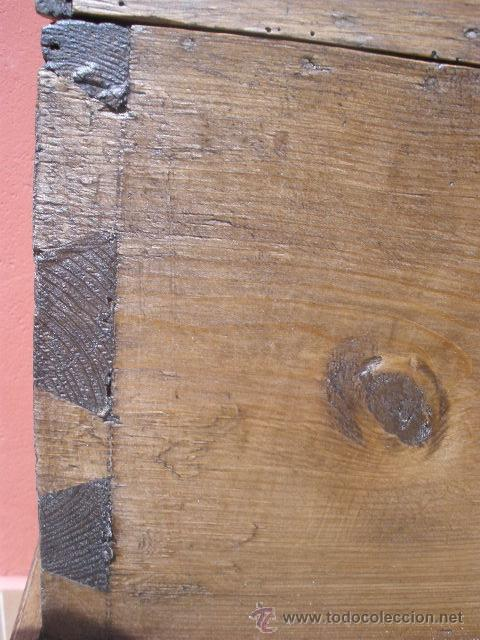 Antigüedades: ANTIGUO BAÚL DE PINO, TAPA CURVA - Foto 6 - 36771178