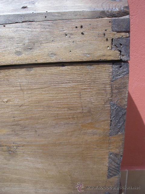 Antigüedades: ANTIGUO BAÚL DE PINO, TAPA CURVA - Foto 7 - 36771178
