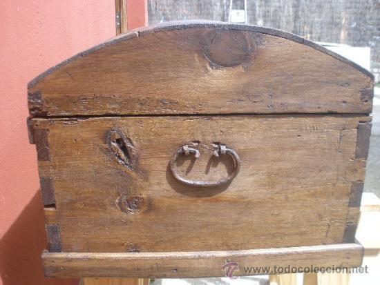 Antigüedades: ANTIGUO BAÚL DE PINO, TAPA CURVA - Foto 8 - 36771178