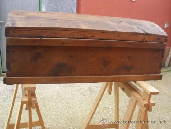 Antigüedades: ANTIGUO BAÚL DE PINO, TAPA CURVA - Foto 16 - 36771178