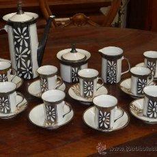 Antigüedades: ANTIGUO JUEGO DE CAFE ART DECÓ. DE PORCELANA Y PLATA.. Lote 99351680