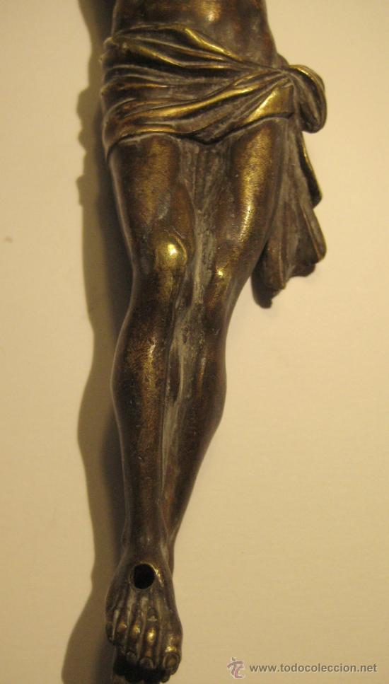 Antigüedades: ANTIGUO TORSO CRISTO DE BRONCE DORADO. 16,5 X 5 CM - Foto 3 - 36802967