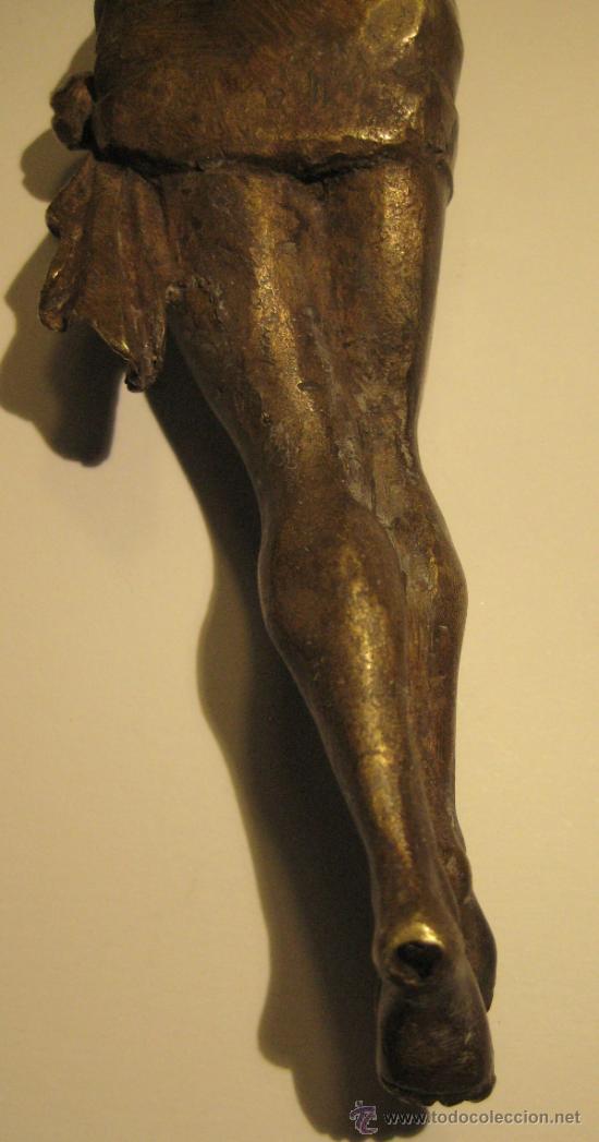 Antigüedades: ANTIGUO TORSO CRISTO DE BRONCE DORADO. 16,5 X 5 CM - Foto 6 - 36802967