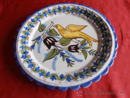 PLATO DE CERAMICA, FIRMADO FIGÁS DJO. 6 (Antigüedades - Porcelanas y Cerámicas - Ribesalbes)