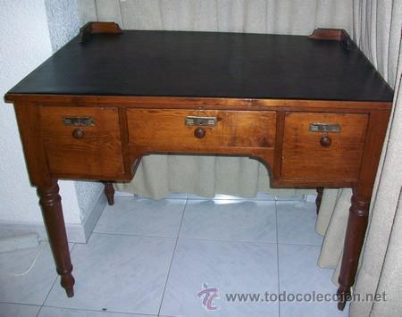 Antigüedades: Escritorio Clásico - Mueble Español - 100 Años - Muy Antiguo - Mesa de Despacho con 3 cajones - Foto 2 - 25819638