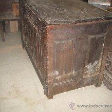 Antigüedades: IMPRESIONANTE ARCON DE IGLESIA O BAUL ANTIGUO ROBLE - ALT. 83 CM. 134 X 63 CM.. Lote 36842787