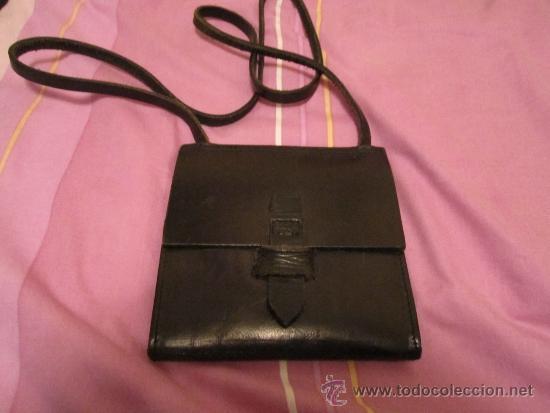4983e189f pequeño bolso cartera de cuero negro - medida - Comprar Bolsos ...