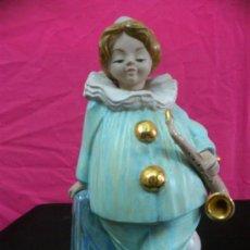 Antigüedades: PORCELANA VALENCIANA TENGRA FIGURA ARLEQUIN MUSICO.. . Lote 36903120