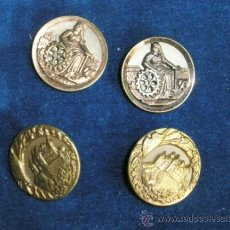 Antigüedades: BOTONES ANTIGUOS METÁLICOS CON FIGURAS, 3 CM.DIÁMETRO. Lote 37177099