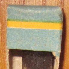 Antigüedades: TINTE PARA EL CABELLO,LUMESTRAL,CAJA ORIGINAL,AÑOS 30 Ó 40,A ESTRENAR. Lote 36923408
