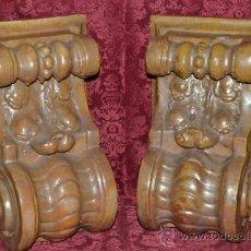 Antigüedades: MAGNIFICA PAREJA DE CANES REFLEJOS DORADOS EN CERAMICA DE TRIANA,(SEVILLA). Lote 36945318