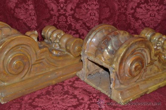 Antigüedades: MAGNIFICA PAREJA DE CANES REFLEJOS DORADOS EN CERAMICA DE TRIANA,(SEVILLA) - Foto 13 - 36945318