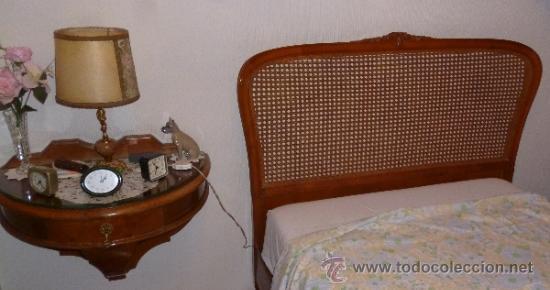 DORMITORIO, TRES PIEZAS Y ESPEJO (Antigüedades - Muebles Antiguos - Camas Antiguas)