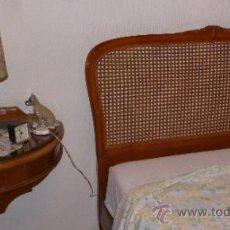 Antigüedades: DORMITORIO, TRES PIEZAS Y ESPEJO. Lote 36988949