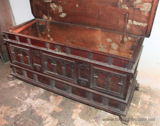 Antigüedades: Arca catalana s.XVIII, de nogal. Tapa interior lisa, . - Foto 5 - 36997877