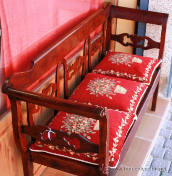 escaño banco banca o sofa en madera con marquet - Comprar Sofás ...