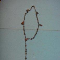 Antigüedades: PRECIOSO ROSARIO ANTIGUO CON 4 MEDALLITAS RELIGIOSAS. VIRGEN MONTSERRAT. Lote 37097936