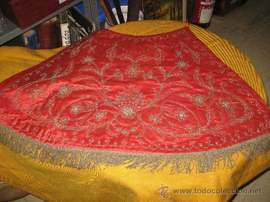 FALDÓN O CAPA PARA VIRGEN O CRISTO SIGLO XIX (Antigüedades - Religiosas - Ornamentos Antiguos)