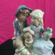 Antigüedades: FIGURA DE PORCELANA FIRMADA D'AVILA. EDICION LIMITADA 5000 PIEZAS. Lote 37157161