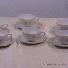 Antigüedades: JUEGO DE 6 TAZAS DE CAFÉ Y PLATOS DE LOS AÑOS 50. PORCELANA SANTA CLARA.. Lote 38537510