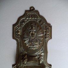 Antigüedades: BENDITERA DE METAL Y CRISTAL.N.S. DELA CUEVA SANTA. Lote 37300066