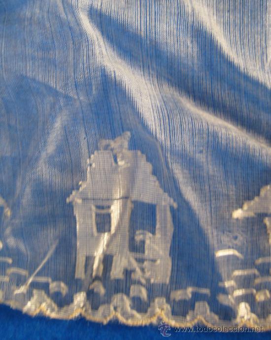 Antigüedades: ANTIGUO Y CURIOSO PAÑUELO, CON BARCOS, PALMERAS Y TORRES 26 X 26 CM - Foto 3 - 37404218