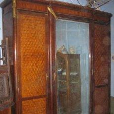 Antigüedades: IMPRESIONANTE ARMARIO DE PRINCIPIOS DE S. XX EN MADERA DE CAOBA.. Lote 37474570