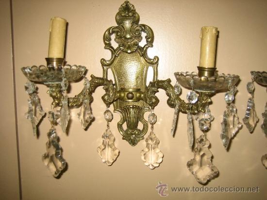 Antigüedades: Pareja de candelabros de bronce antiguos 30x30 cm. Funcionan - Foto 3 - 37388862