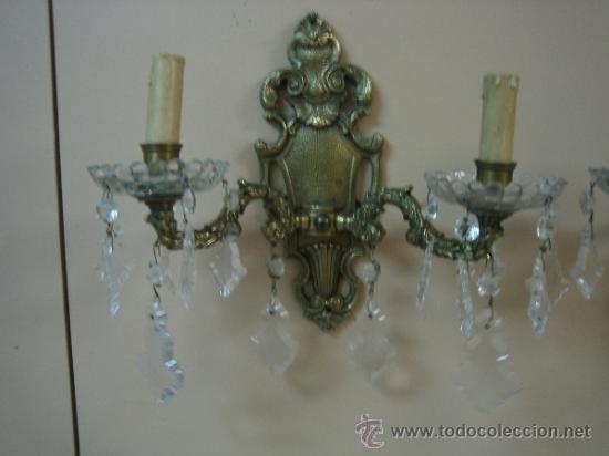 Antigüedades: Pareja de candelabros de bronce antiguos 30x30 cm. Funcionan - Foto 5 - 37388862